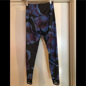 Onzie Pants - Onzie highrise legging